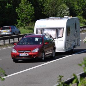 auto con caravan